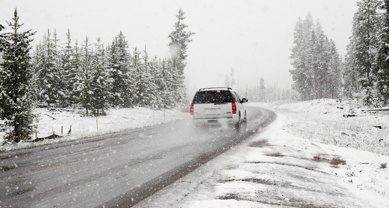 Wintersportvakantie auto