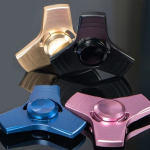 Bestel nu snel metalen Fidget Spinners met 33% korting bij 24Dealstore
