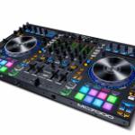 Nu €400,- korting op de Denon DJ MC7000 DJ-controller | Bax-shop