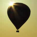 Ontvang nu 52% korting op een luxe ballonvaart met champagne en luchtdoopcertificaat | WowDeal