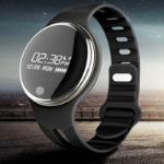 Bespaar 69% op een Smartwatch Activity Tracker bij GroupDeal